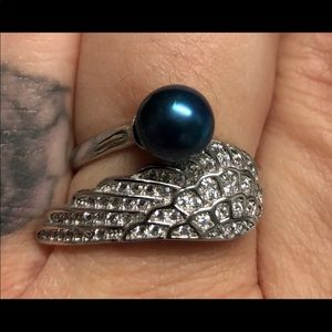 Angel wing ring adjustable